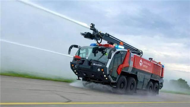 进口高端消防车