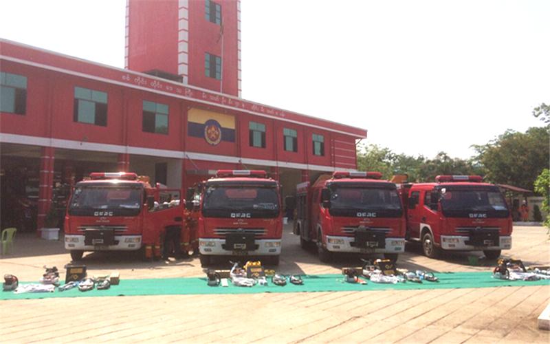 4台出口东风抢险救援消防车交付使用